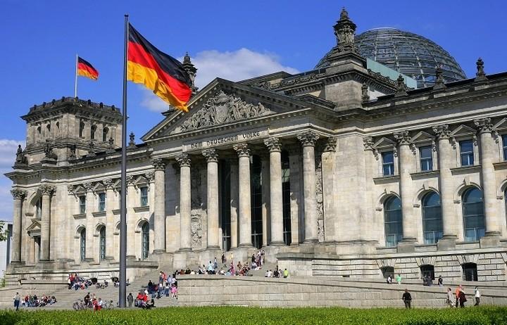 Βερολίνο: Δεν πρέπει τα ελληνικά περιουσιακά στοιχεία να «ξεπουληθούν»