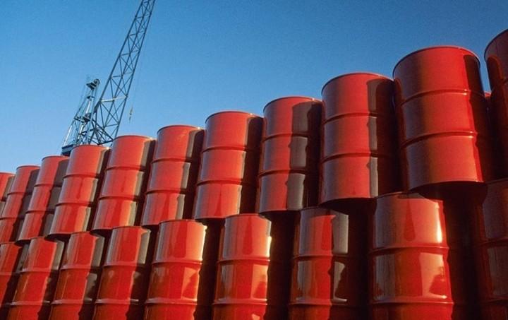 Πτώση τζίρου στον κλάδο των πετρελαιοειδών - Οι 31 εταιρίες που μπήκαν στο «μικροσκόπιο»