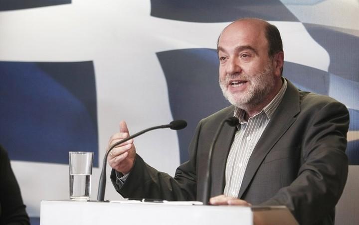 Τρ. Αλεξιάδης: Ο ΦΠΑ εξωτερικού ισοδύναμο για το 23% στην παιδεία