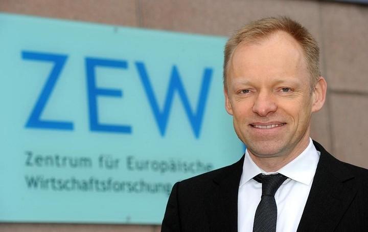 ZWE: Η ΕΚΤ έπρεπε να είχε κόψει τον ELA από τον Φεβρουάριο