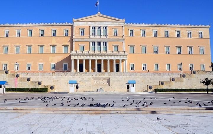 Έτοιμο το πολυνομοσχέδιο με τα προαπαιτούμενα - Στις 15 Οκτωβρίου η ψήφιση