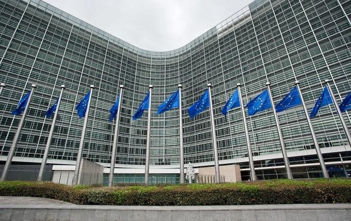 ΕΕ: Η Ελλάδα θα επιστρέψει στην ανάπτυξη από τα μέσα του 2016