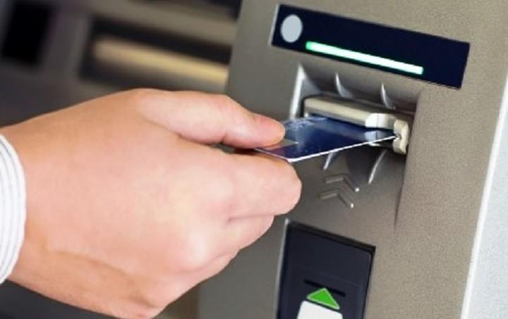 """Έρχονται """"μόνιμα"""" capital controls με εβδομαδιαίες αναλήψεις 150 ευρώ - Το σχέδιο"""