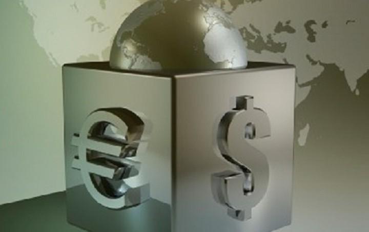 Συνάλλαγμα: Στα 1,1375 δολάρια το ευρώ