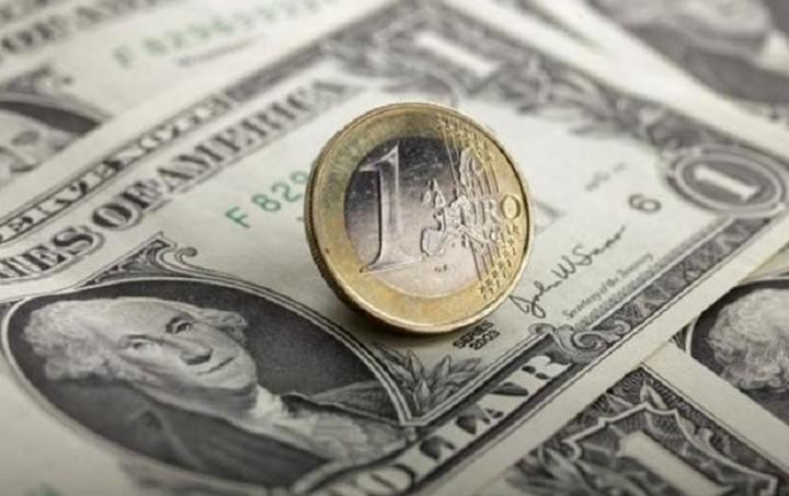 Συνάλλαγμα: Οριακή ενίσχυση του ευρώ έναντι του δολαρίου