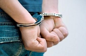 Πίσω από τα ...κάγκελα 5 πρώην εφοριακοί για παράνομη επιστροφή ΦΠΑ
