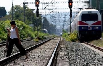 Welt: Χώρες της ΕΕ έχουν δεσμευτεί να δώσουν εκατομμύρια για τους πρόσφυγες αλλά δεν το κάνουν