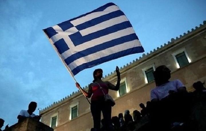 Πως κατέρρευσε η μεσαία τάξη στην Ελλάδα μέσα σε μία οκταετία