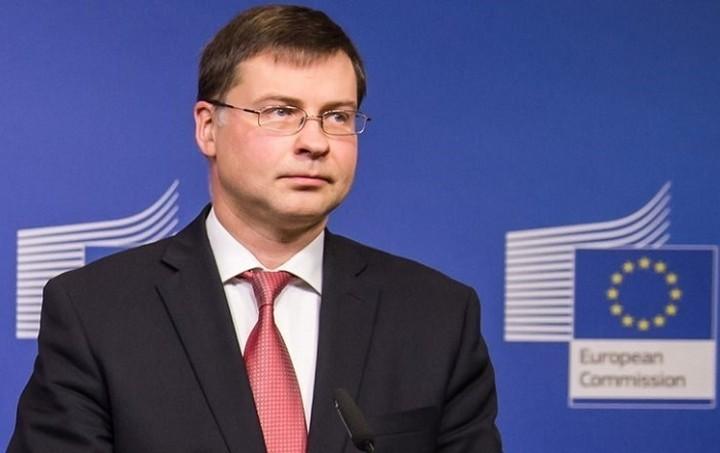 Ντομπρόβσκις: Ποσό 800 εκατ. ευρώ στην Ελλάδα μέσω ΕΣΠΑ