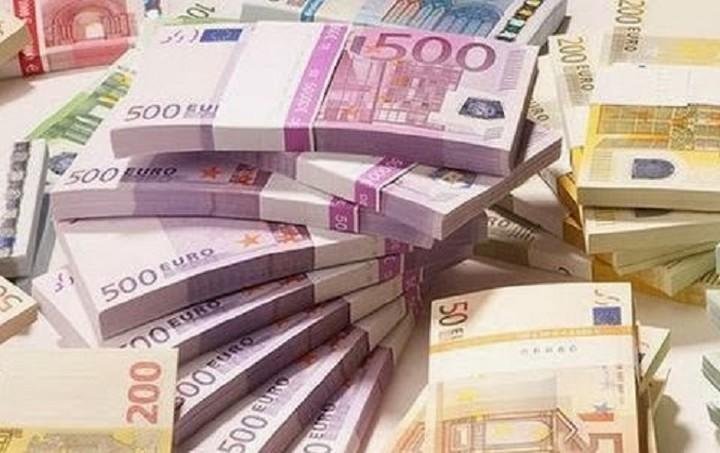 «Τρύπα» 4,9 δισ ευρώ στα καθαρά έσοδα το εννεάμηνο