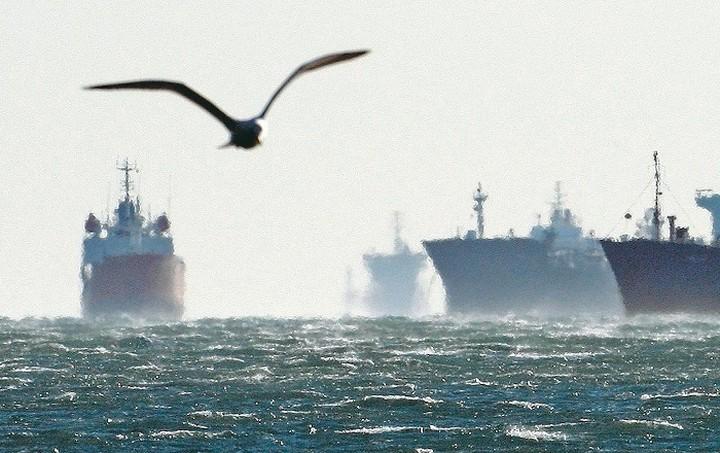 ΕΛΣΤΑΤ: Μειώθηκε η δύναμη του εμπορικού στόλου τον Αύγουστο