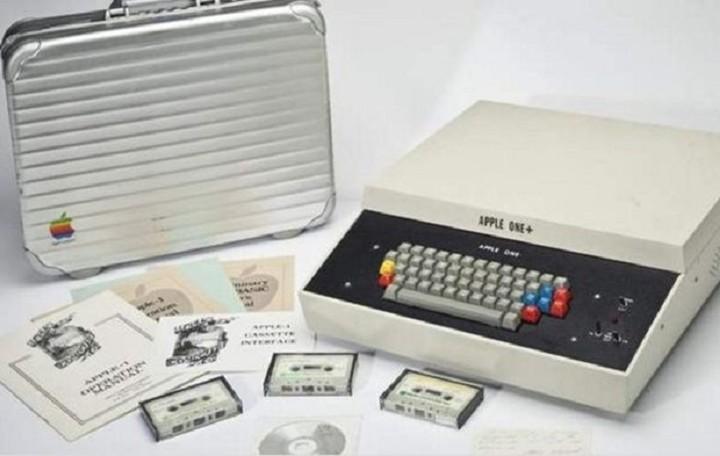 Σε δημοπρασία ο πρώτος υπολογιστής Apple - Πόσο θα πουληθεί