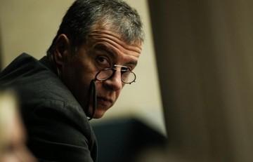 Θεοδωράκης: Με το νέο ν/σ για τις τηλεοπτικές άδειες ο Παππάς χρίζεται «μέγας καναλάρχης»