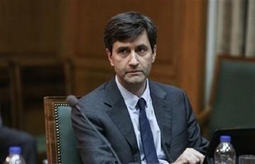 Χουλιαράκης: Στο 1,4% η ύφεση το 2015 ενώ το 2016 από -1,5% θα πέσει στο -1,3%