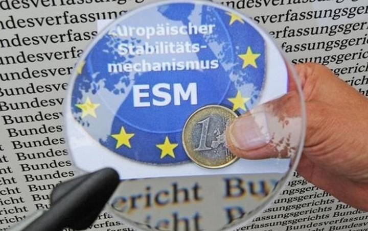 «Βόμβα» ESM: Πιθανή αύξηση των επιτοκίων στα ελληνικά δάνεια