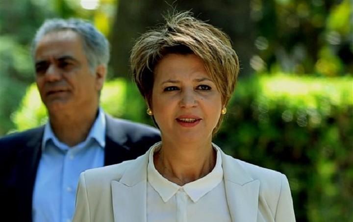 """Γεροβασίλη: Η κυβέρνηση δεν θέλει να """"κλείσει"""" τη φωνή των καναλιών"""