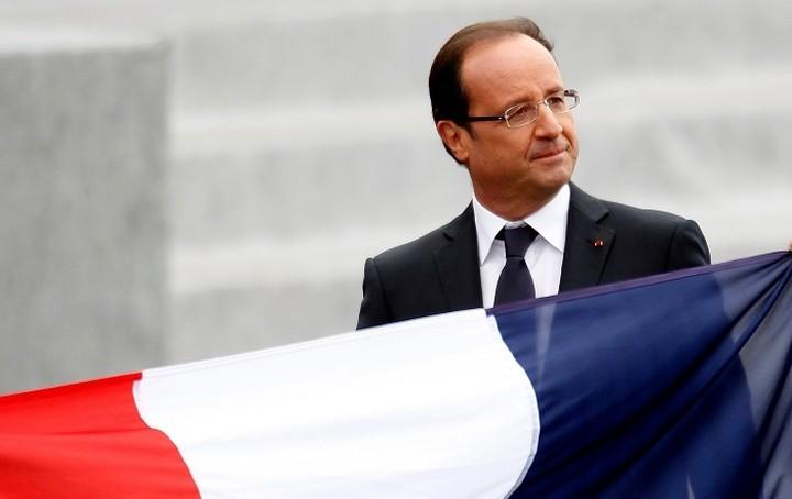 Ολάντ: Θα βοηθήσω την Ελλάδα αλλά εφαρμόστε τις μεταρρυθμίσεις