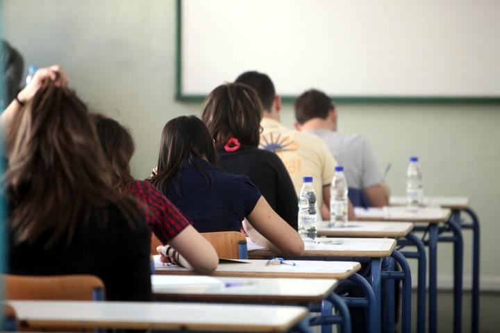 Βόμβα ΦΠΑ στην εκπαίδευση: Αδύνατη η επιβολή μειωμένων συντελεστών