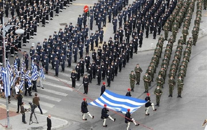 Ολοκληρώθηκε η στρατιωτική παρέλαση στη Θεσσαλονίκη