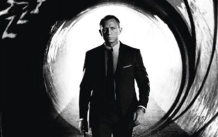 Πόσα λεφτά πρέπει να έχεις για να ζήσεις ως James Bond