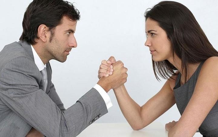Μισθολογικό χάσμα μεταξύ των δύο φύλων: Τι δείχνει η έρευνα