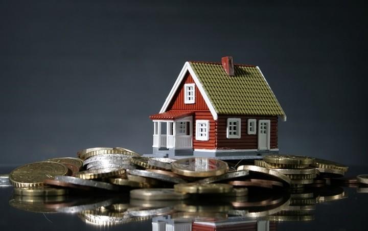 ΕΚΠΟΙΖΩ: Ένας στους τρεις οφειλέτες θα χάσει το σπίτι του
