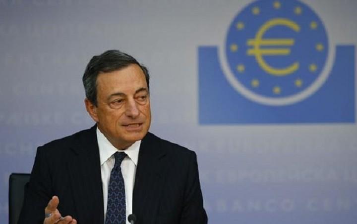 Ντράγκι: To Δεκέμβριο οι αποφάσεις για επέκταση του προγράμματος αγοράς ομολόγων