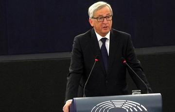 Αποκλείει ο Γιούνκερ το ονομαστικό «κούρεμα» του ελληνικού χρέους