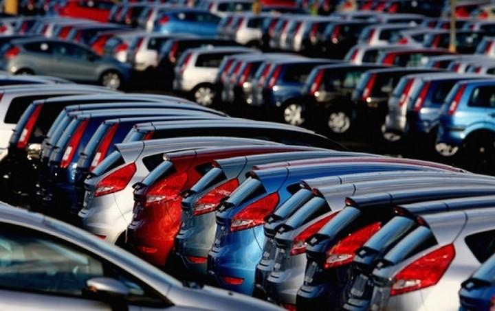 Μειώθηκαν οι πωλήσεις αυτοκινήτων στην Ελλάδα - Αναλυτικά τα στοιχεία