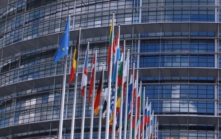 Στις 24 Νοεμβρίου οι προτάσεις της Κομισιόν για την προστασία των καταθέσεων