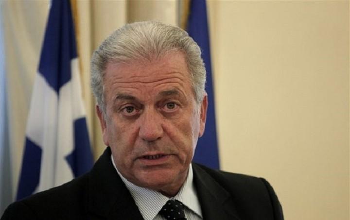 Αβραμόπουλος: Δεν θα βάλω ποτέ την υπογραφή μου στην κατάργηση της Συνθήκης Σέγκεν