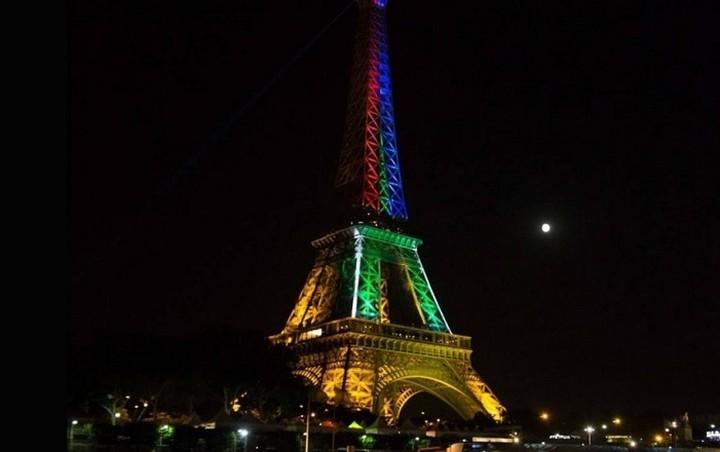 Σκιτσογράφοι από όλο τον κόσμο θρηνούν για το μακελειό στο Παρίσι