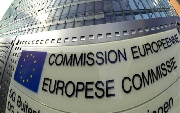 Κομισιόν: Η Ελλάδα να εφαρμόσει τους κοινοτικούς κανόνες ασφαλίσεων