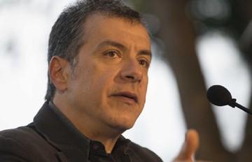 Θεοδωράκης: Οι ηγέτες του ΣΥΡΙΖΑ και των ΑΝΕΛ πρέπει να νιώθουν ντροπή σήμερα