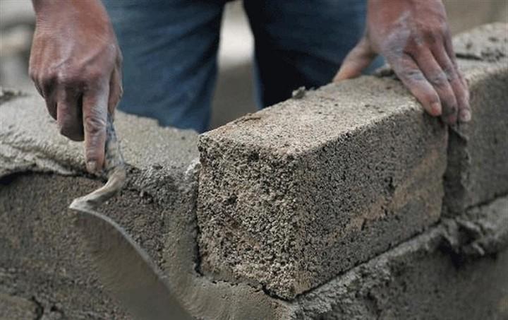 Φθηνότερα τα οικοδομικά υλικά φέτος - Σε ποια σημειώθηκαν οι μεγαλύτερες μεταβολές