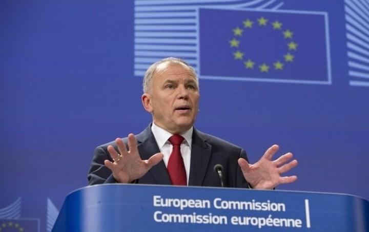 Επίτροπος Υγείας: Θα δοθεί βοήθεια στην Ελλαδα, αλλά θα πρέπει να απορροφηθεί άμεσα