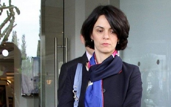 Η Ντέλια Βελκουλέσκου επέβαλλε τις απόψεις της για τις 100 δόσεις