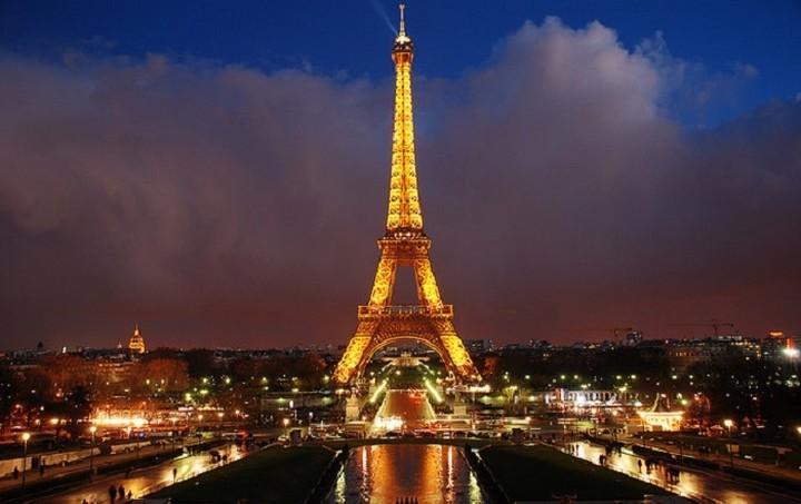 Au revoir Paris: Στροφή των εκδρομέων προς Κεντρική Ευρώπη, Βαλκάνια ή… σπίτι τους
