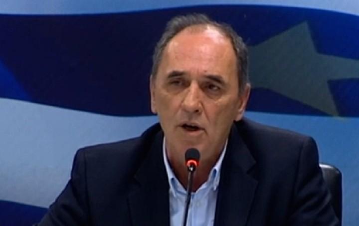 """Σταθάκης: Η κυβέρνηση ακολουθεί ένα """"οδικό χάρτη"""" για την επιστροφή στην ανάπτυξη"""