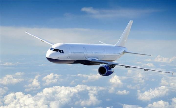 Ποια αεροπορική προσφέρει 100.000 θέσεις των 5 ευρώ για 250 δρομολόγια