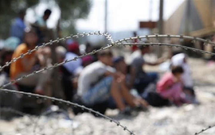 Έκτακτη σύνοδος κορυφής για το προσφυγικό