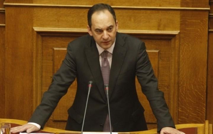 Πλακιωτάκης: Η κυβέρνηση να ετοιμάζει την απολογία της για το θέμα των τραπεζών