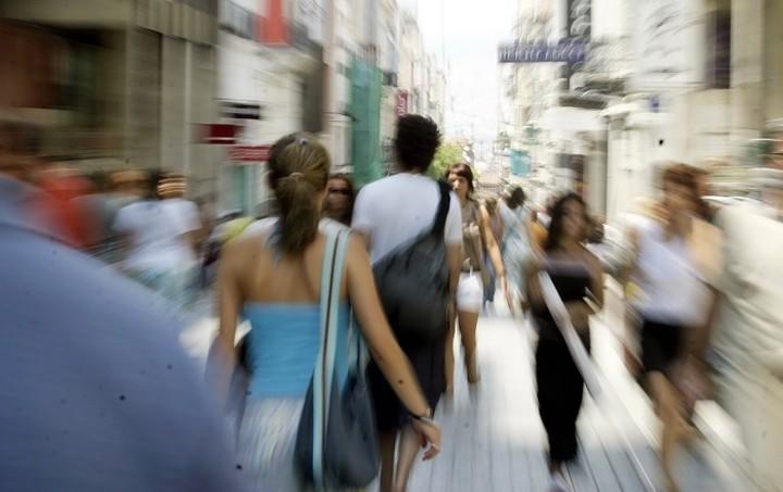 «Κατακερματισμένη» η εγχώρια αγορά καταστημάτων μικρής λιανικής