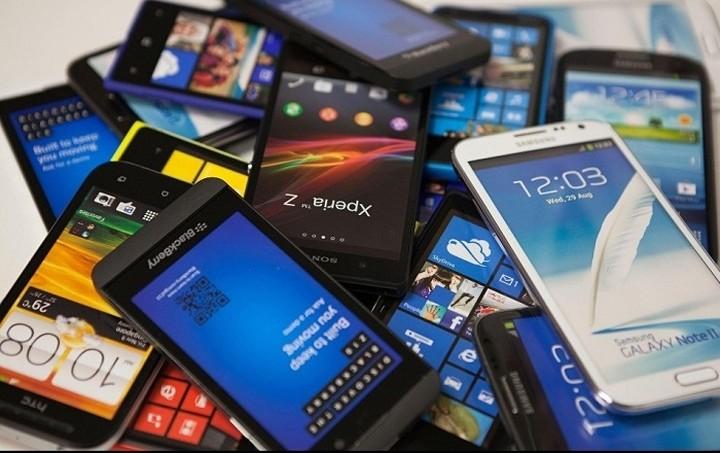 Αυτά είναι τα 10 κορυφαία smartphones της αγοράς για το 2015