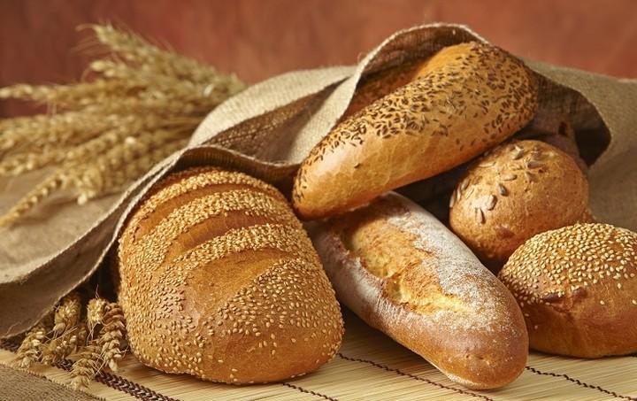 Συνεργασία ΕΦΕΤ και αρτοποιών για τη μείωση του αλατιού στο ψωμί