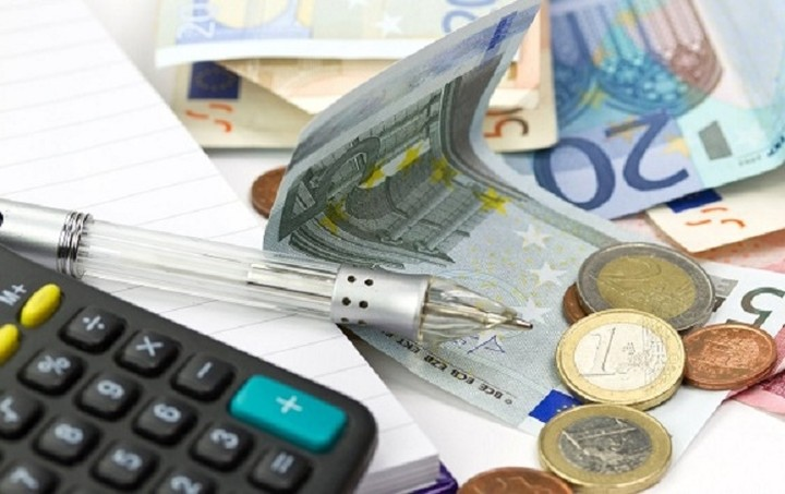 Προς αναδρομική αύξηση της φορολογίας για τα εισοδήματα του 2015