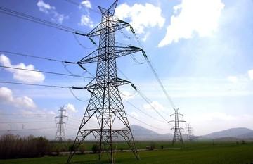 Για ποιους και πόσο μειώνεται η τιμή του ρεύματος
