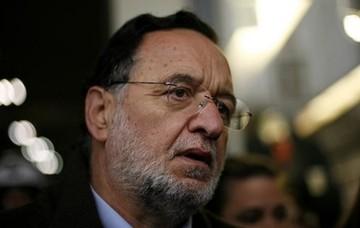 Λαφαζάνης: «Εθνικό έγκλημα το ξεπούλημα 14 αεροδρομίων-φιλέτων της χώρας»