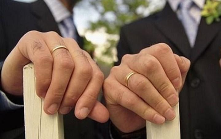 Στη Βουλή το νομοσχέδιο για το Σύμφωνο Συμβίωσης