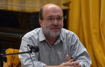 Αλεξιάδης:«Δεν είπα ποτέ ότι θα μπει αναδρομικός φόρος στα εισοδήματα»
